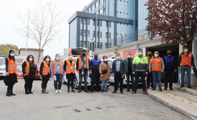 Atakum Belediyesi'nden kentin dört bir yanına gıda yardımı ve ulaşım hizmeti