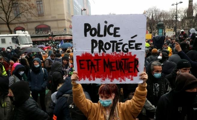 Fransa'daki protestolarda gözaltı sayısı 142'ye yükseldi