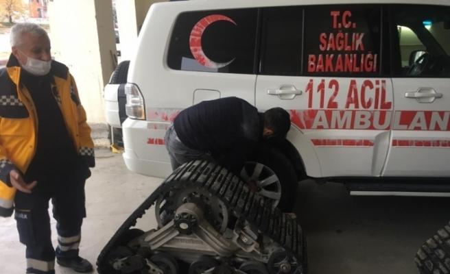 Kış öncesi paletli ambulanslar hazır