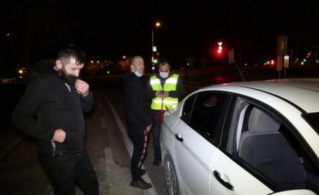 Kısıtlamada alkollü yakalandı, izin belgesi iptal edildi
