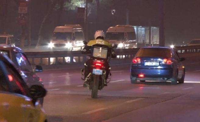 (Özel) Sokağa çıkma yasağında motosikletli Şahin timlerinden kaçış yok...