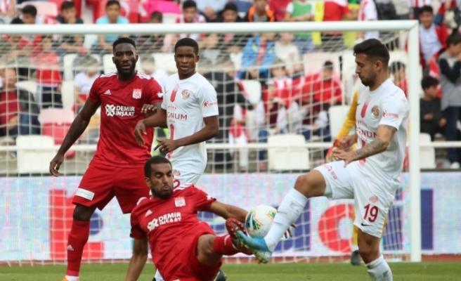 Sivasspor ile Antalyaspor 23. randevuda