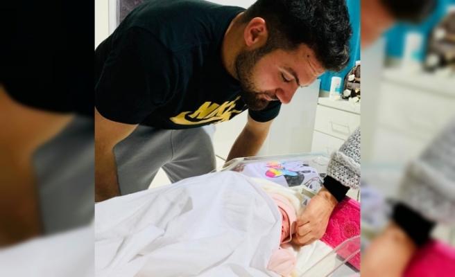 Sivasspor'un kalecisi Ali Şaşal baba oldu