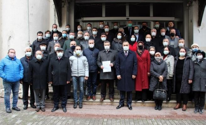 AK Parti Aydın İl Başkanı Özmen mazbatasını aldı