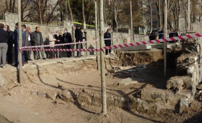 Diyarbakır'da, Sultan 1'inci Kılıçarslan'ın mezar aramalarında kalıntılar bulundu