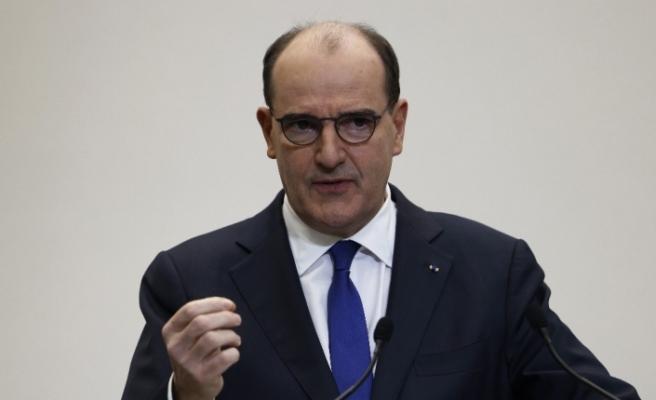 Fransa'dan AB dışındaki ülkelerden gelen yolculara negatif test sonucu ve karantina zorunluluğu
