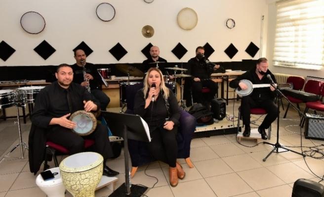 Yıldırım Belediyesi'nden Engelsiz Yaşam Okulu öğrencilerine online konser