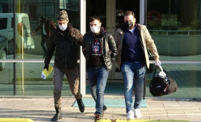 5 lira vermeyen güvenlik görevlisini bıçaklayarak şahıs tutuklandı