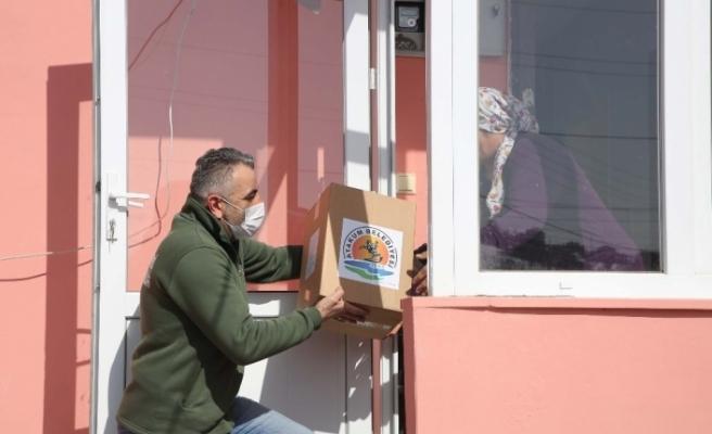 Atakum Belediyesi'nden 2 günde binden fazla aileye yardım