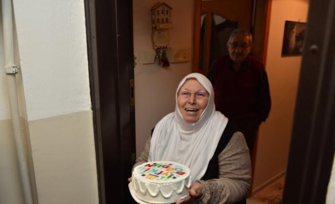 Başkan Yazıcı'dan 65 yaş üstü vatandaşlara doğum günü sürprizi