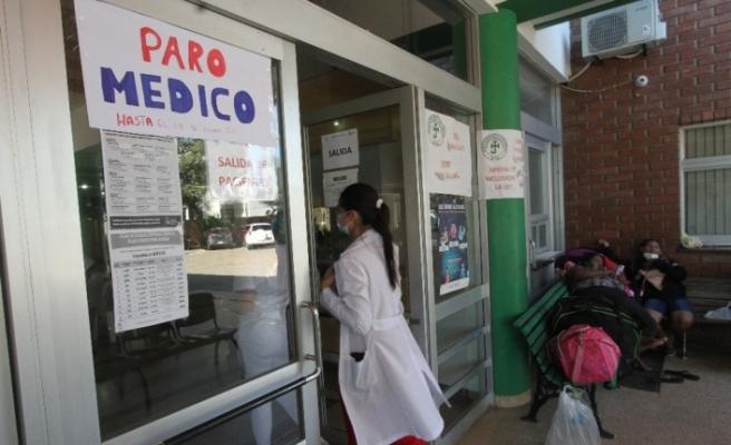 Bolivya'da doktor grevine destek gösterilerinde çok sayıda kişi yaralandı