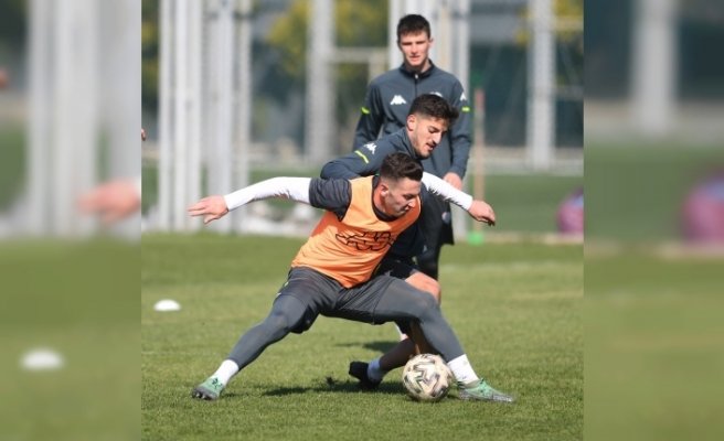 Bursaspor'da Menemenspor maçı hazırlıkları başladı