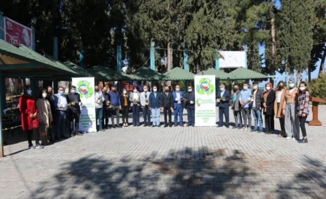 Çal'da güçlü proje: Çöplerimiz Çiçek Açıyor