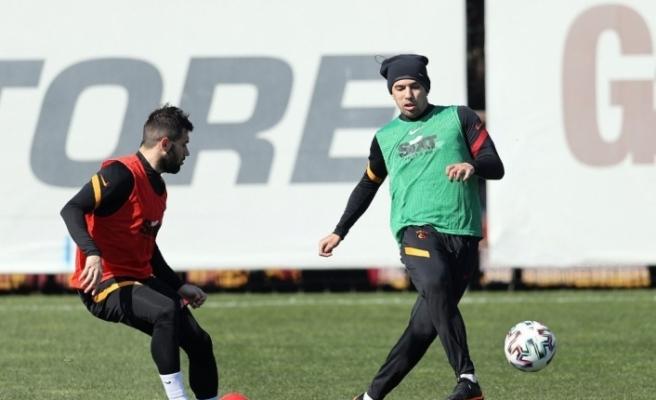 Galatasaray'da Feghouli takımla birlikte çalıştı