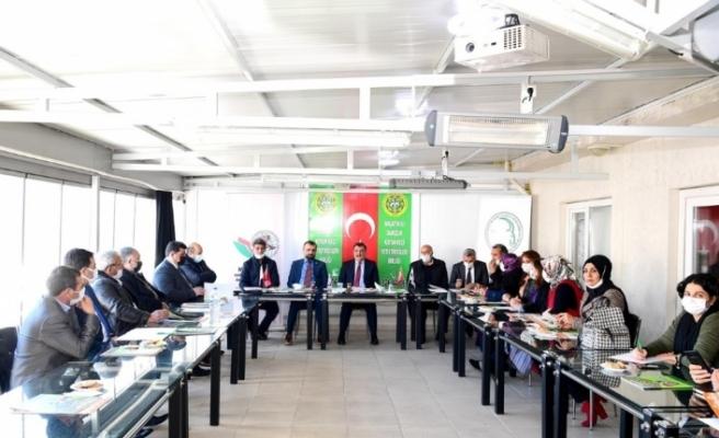 """Gürkan: """"Hayvancılığın ve tarımın önemi bir kez daha öne çıktı"""""""