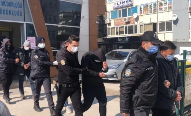 Konteyner vaadiyle onlarca vatandaşı dolandıran çetenin 7 üyesi tutuklandı