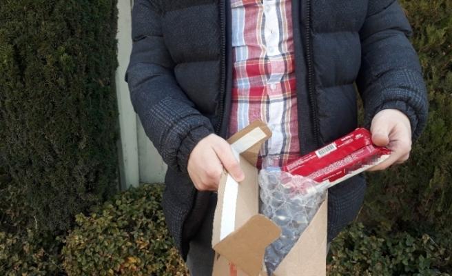 (ÖZEL) İnternetten telefon sipariş verdi, kargodan bisküvi çıktı