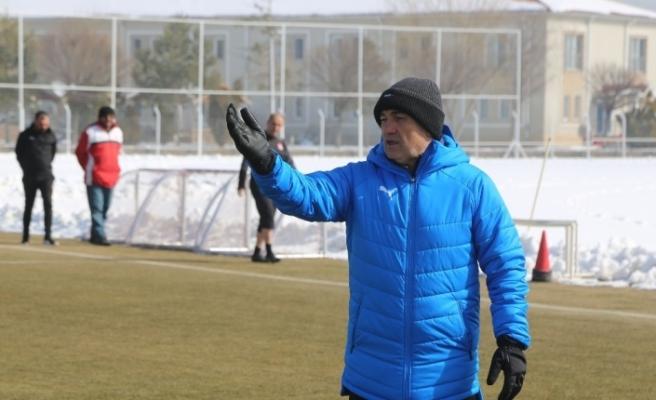 """Rıza Çalımbay: """"Rizespor maçı çok kritik"""""""
