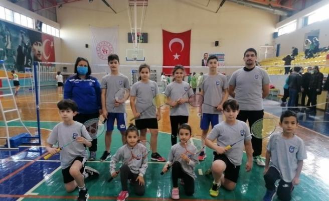 'Sigarayı Bırakma Günü Badminton Turnuvası' yapıldı