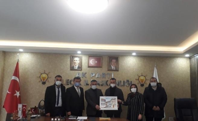 Türk İş Sendikasından AK Parti'ye ziyaret