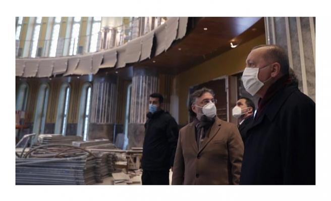 Cumhurbaşkanı Erdoğan'dan Taksim'e sürpriz ziyaret