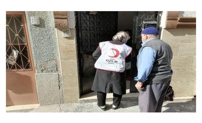 Kızılay Bursa'da 20 bin kişilik iftar yemeği dağıttı