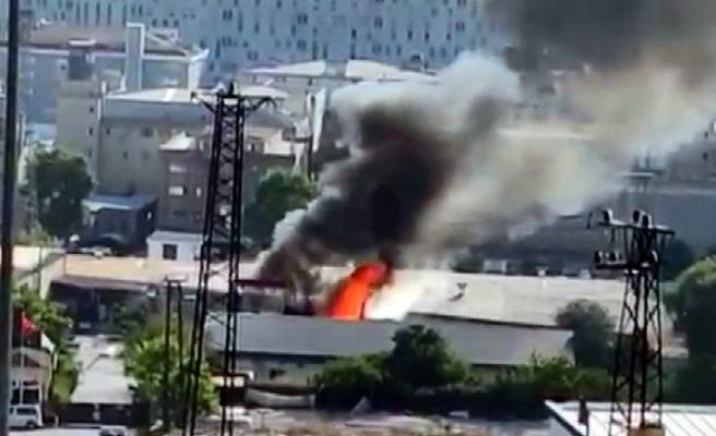 İki sanayi sitesinde yangın