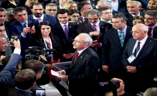 CHP'de başkan değişmedi... Kılıçdaroğlu yeniden
