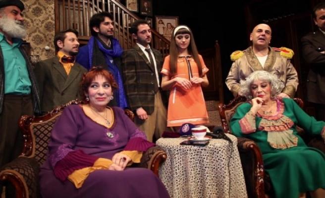 'Ahududu' oyunu Bursa'da sahnelendi