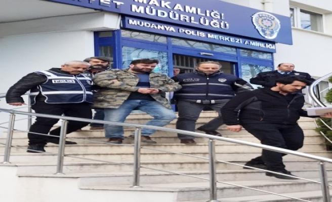Bursa'da Kayınpeder ve damadını öldüren zanlı adliyeye sevk edildi