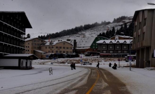 'Uludağ'a kar erken yağdı'