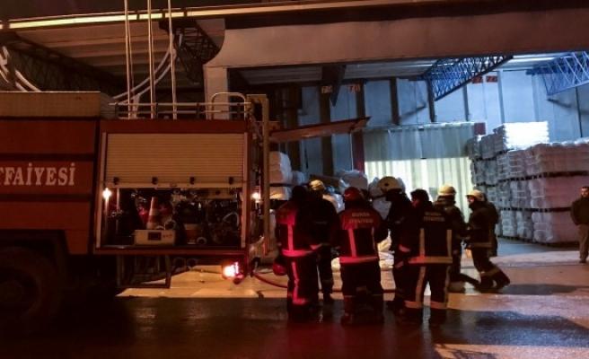 Bursa'da korkutan yangında hasar büyük