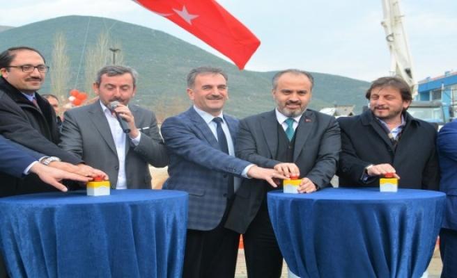Bursa'da Ömer Halisdemir temeli