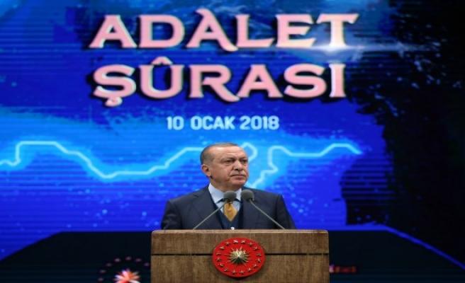Cumhurbaşkanı Erdoğan 'İnsanlık suçları hep adaletsizliğin eseridir'