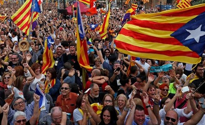 Bağımsızlık hesabı katalonya'ya patladı