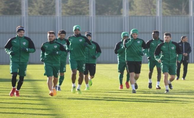 Bursaspor'da kamp bitti, Bilal Kısa'nın sözleşmesi fesh edildi