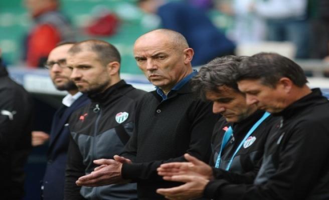 Bursaspor'un 1-0 kazandığı Sivasspor mücadelesi sonrası iki teknik adamdan maç yorumları