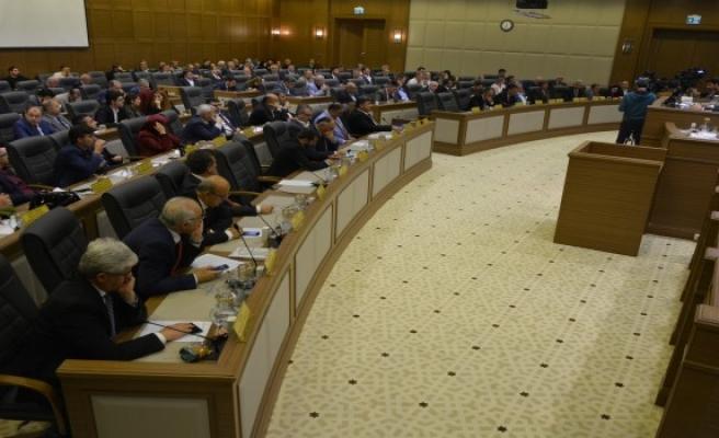 Meclis başkansız ilk toplantısını yaptı