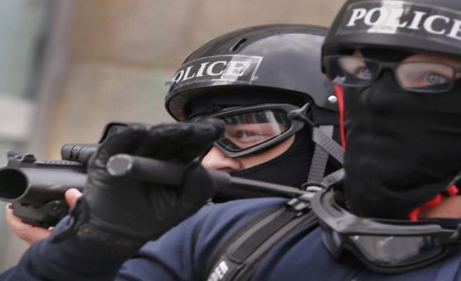 Fransa'da suikast timi yakalandı