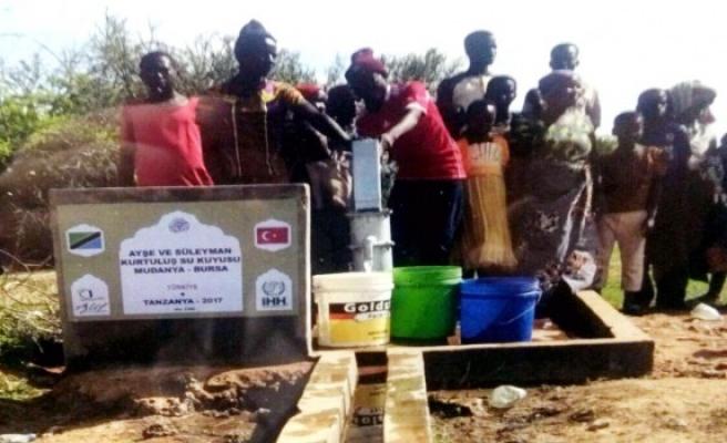Mudanyalılar İHH öncülüğünde Afrika'da su kuyuları açtı