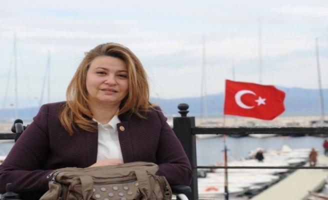 Bursa Milletvekili Bennur Karaburun Afrin Operasyonuna katılmak için dilekçe verdi