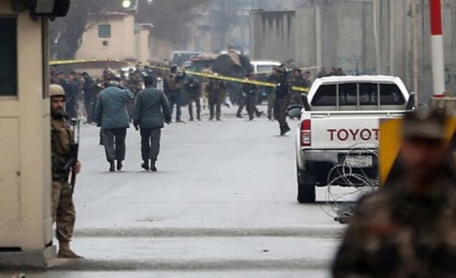 Afganistan'da canlı bomba saldırıları art arda geldi