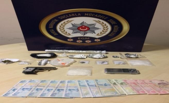 Bursa'da uyuşturucu operasyonu: 25 gözaltı