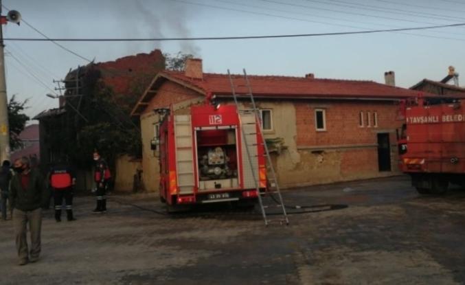 Tavşanlı Aliköy'de yangın