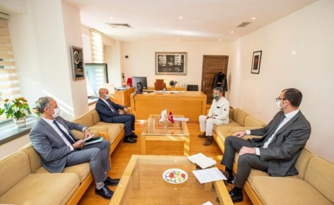 Japonya'dan İzmir'e deprem desteği