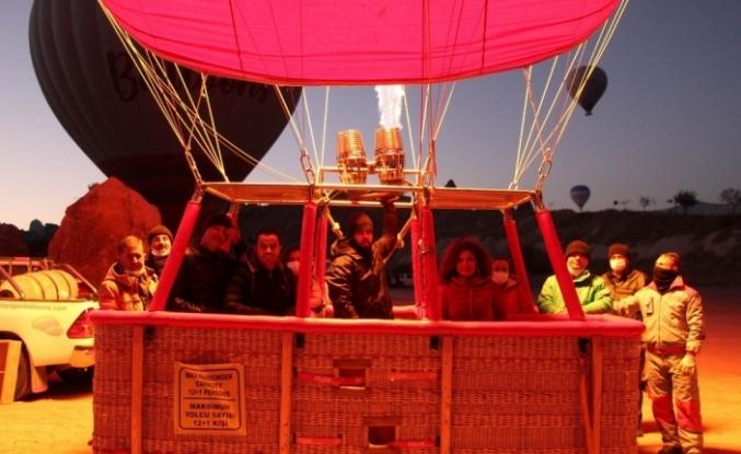 Kapadokya'da Öğretmenler Günü gökyüzünde kutlandı