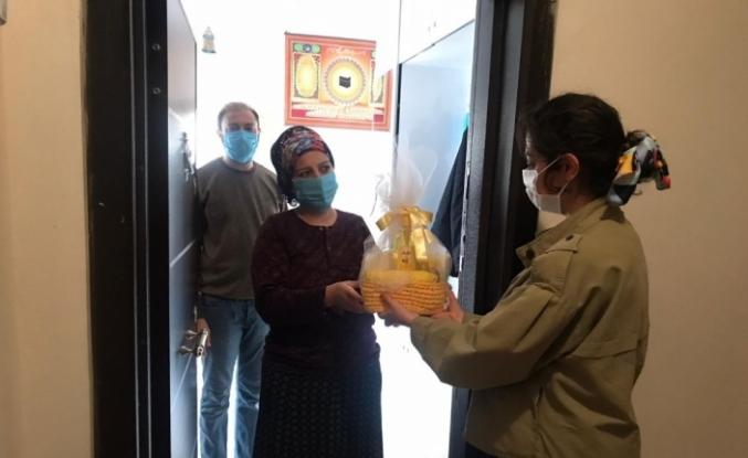 """Kızıltepe Belediyesinin """"Hoş Geldin Bebek"""" ziyaretleri devam ediyor"""