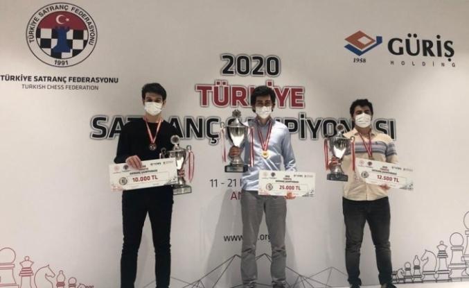 Şampiyonların şampiyonasında kürsüye Yaşar Üniversitesi damgası