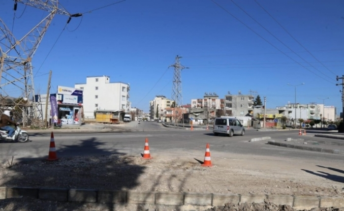 Adıyaman Belediyesi yeni kavşaklarla ulaşım ağını geliştiriyor