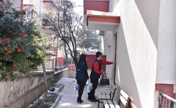 Ankara Büyükşehir Belediyesi'nden bebek bezi ve mama desteği
